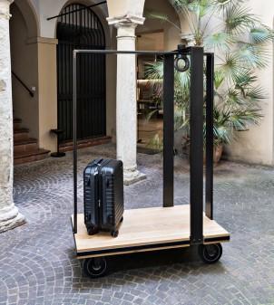 Carrello portavaligie per hotel di design