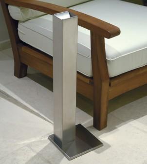 Posacenere a colonna per uso interno ed esterno