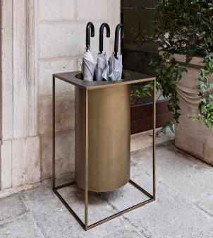 Portaombrelli quadrato in ferro - Design moderno