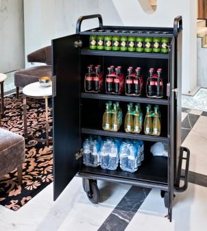 Carrello portavivande professionale per servizio rifornimento frigobar